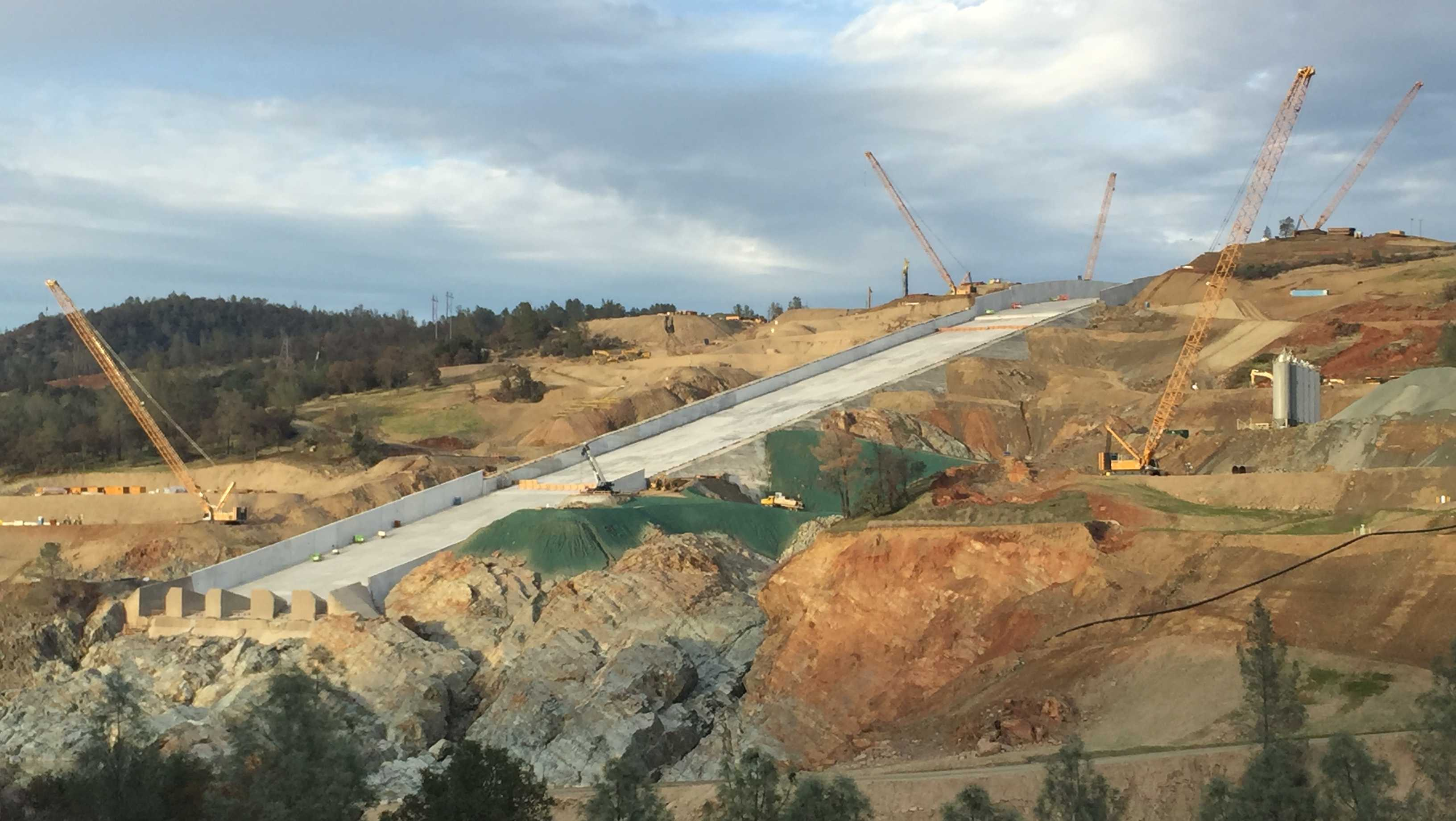 Photo shows the main spillway at Oroville Dam on Nov. 30, 2017, about a month after the reconstruction project's completion deadline.