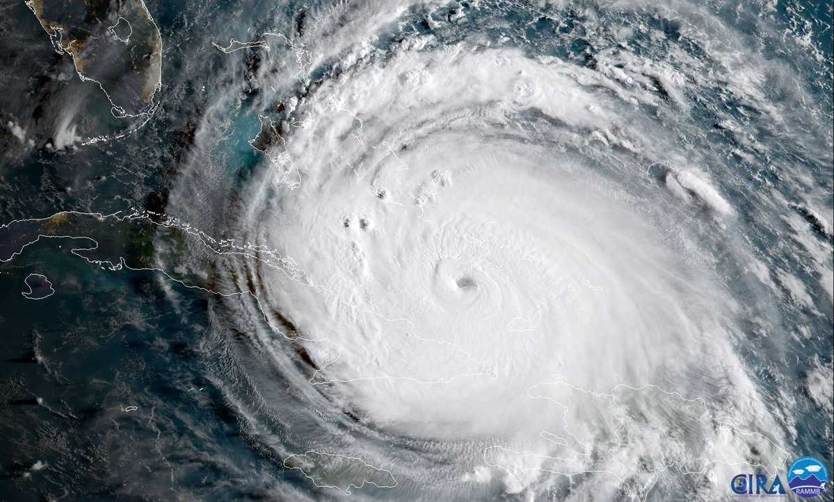 Trump Calls on US Citizens to Get Out of Hurricane Irma's Path