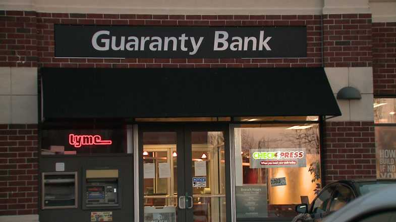 feds close milwaukee based guaranty bank