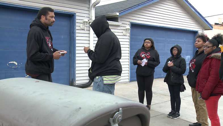 Teens give away free gun locks
