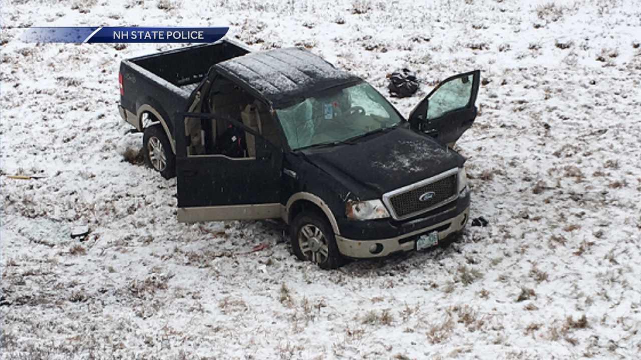 Man dies after single-car crash in Holderness