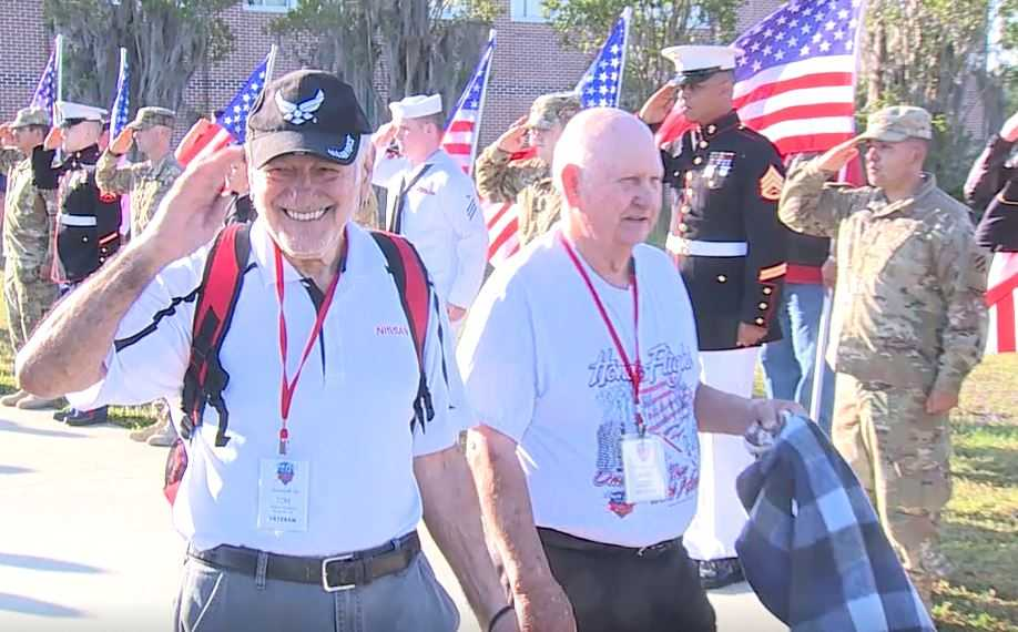 Veterans return home after honor flight to Washington, D.C.