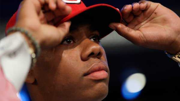 Reds sign top pick Hunter Greene to record-breaking bonus