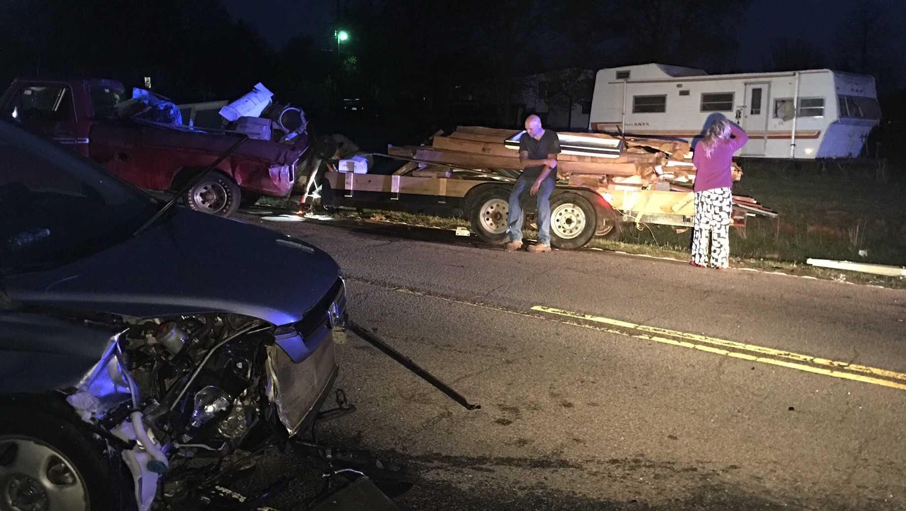 Crash blocks all lanes on Old Greenville Hwy