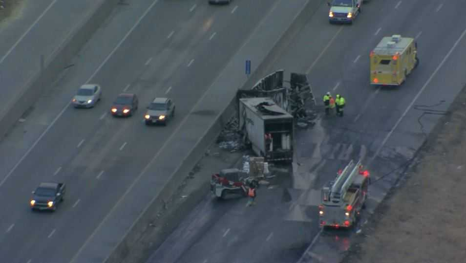 Northbound I-35 near Mission Road back open after overnight semi