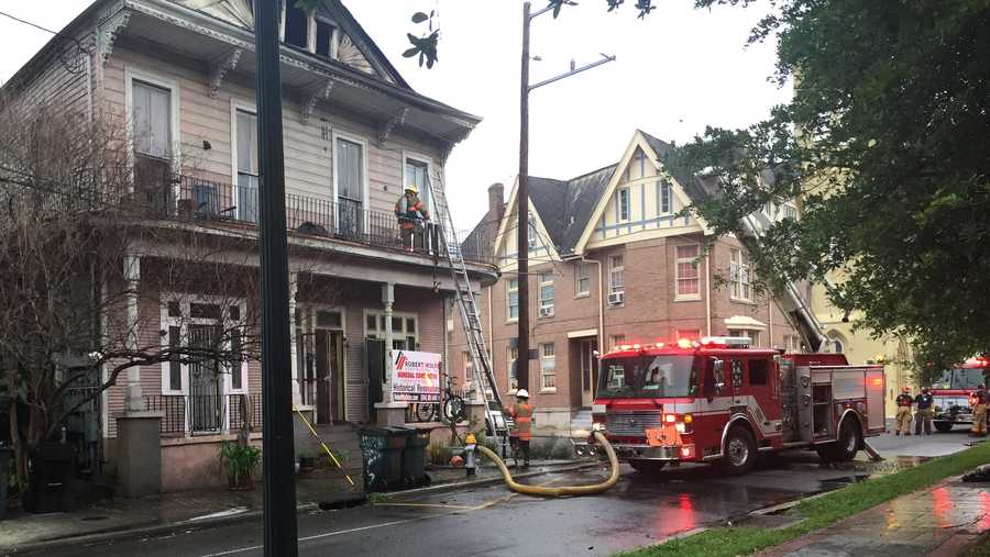 New Orleans Firefighters Battle Early Morning Fire In Lgd