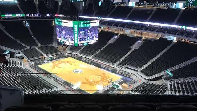 Milwaukee Bucks new court, scoreboard