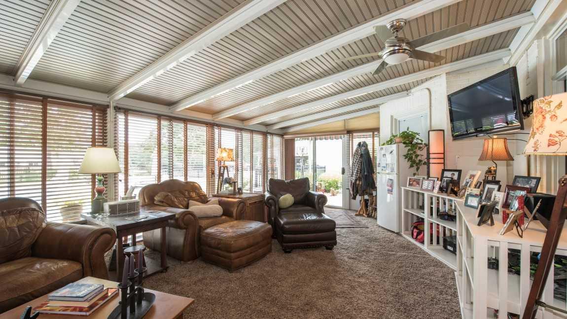 Johnny Depp puts Lexington farmhouse up for auction