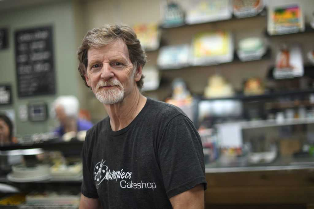Baker who refused to make gay wedding cake sues again over gender transition cake
