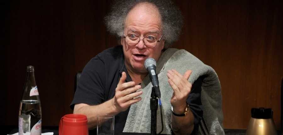 James Levine speaks at the Metropolitan Opera's press conference to announce its 2011-2011 season at The Metropolitan Opera House on February 16, 2011 in New York City.