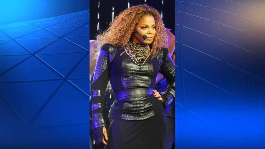 "Janet Jackson on her ""Unbreakable"" tour in 2015."