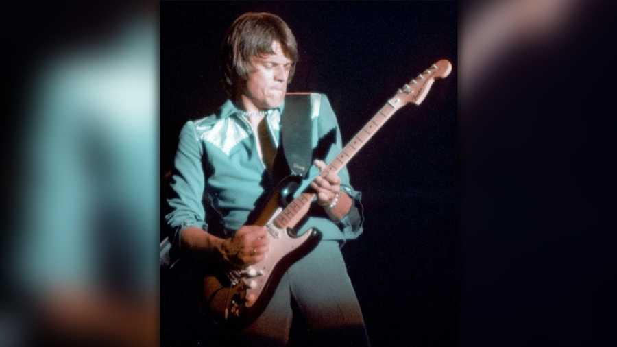 'Centerfold' Guitarist J. Geils Found Dead in Massachusetts Home