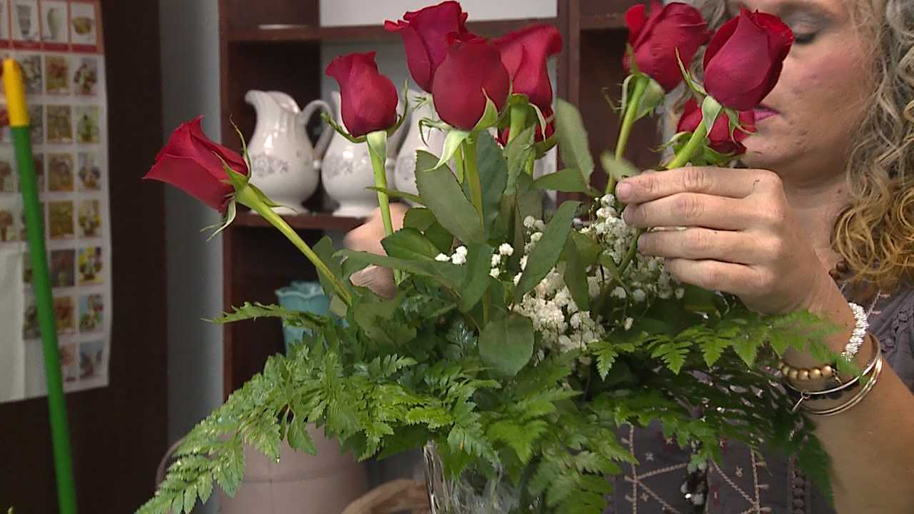 Flower prices up slightly this Valentine's Day, depending on suppliers