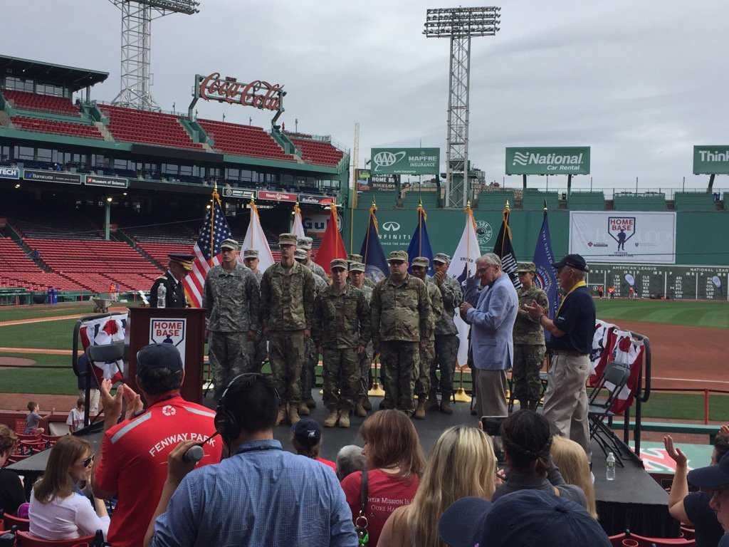 Thousands Take Part In Annual Run To Home Base At Fenway