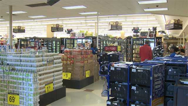 Stores gear up for holiday shopping