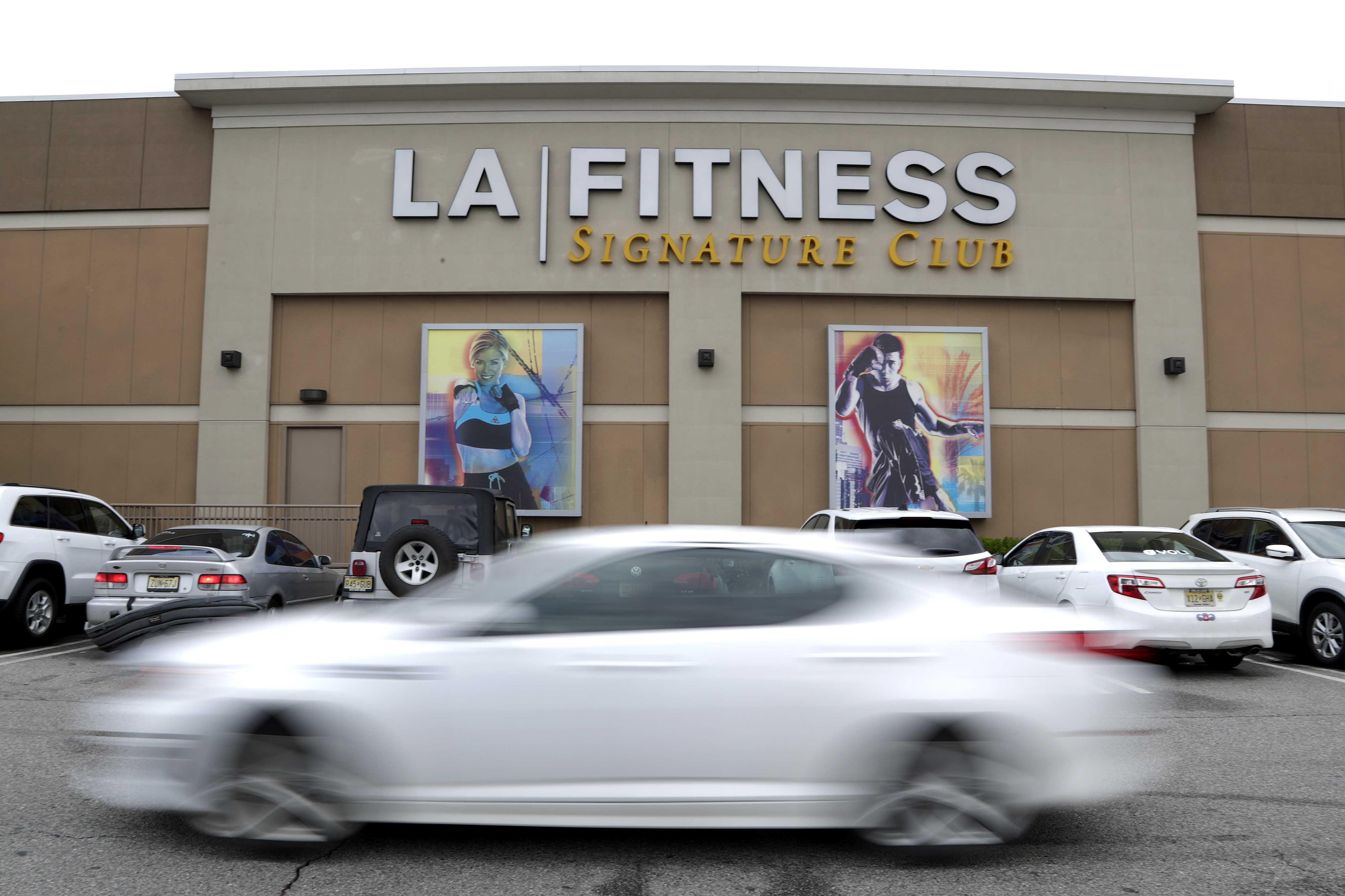 LA Fitness apologizes after racial profiling allegations at club