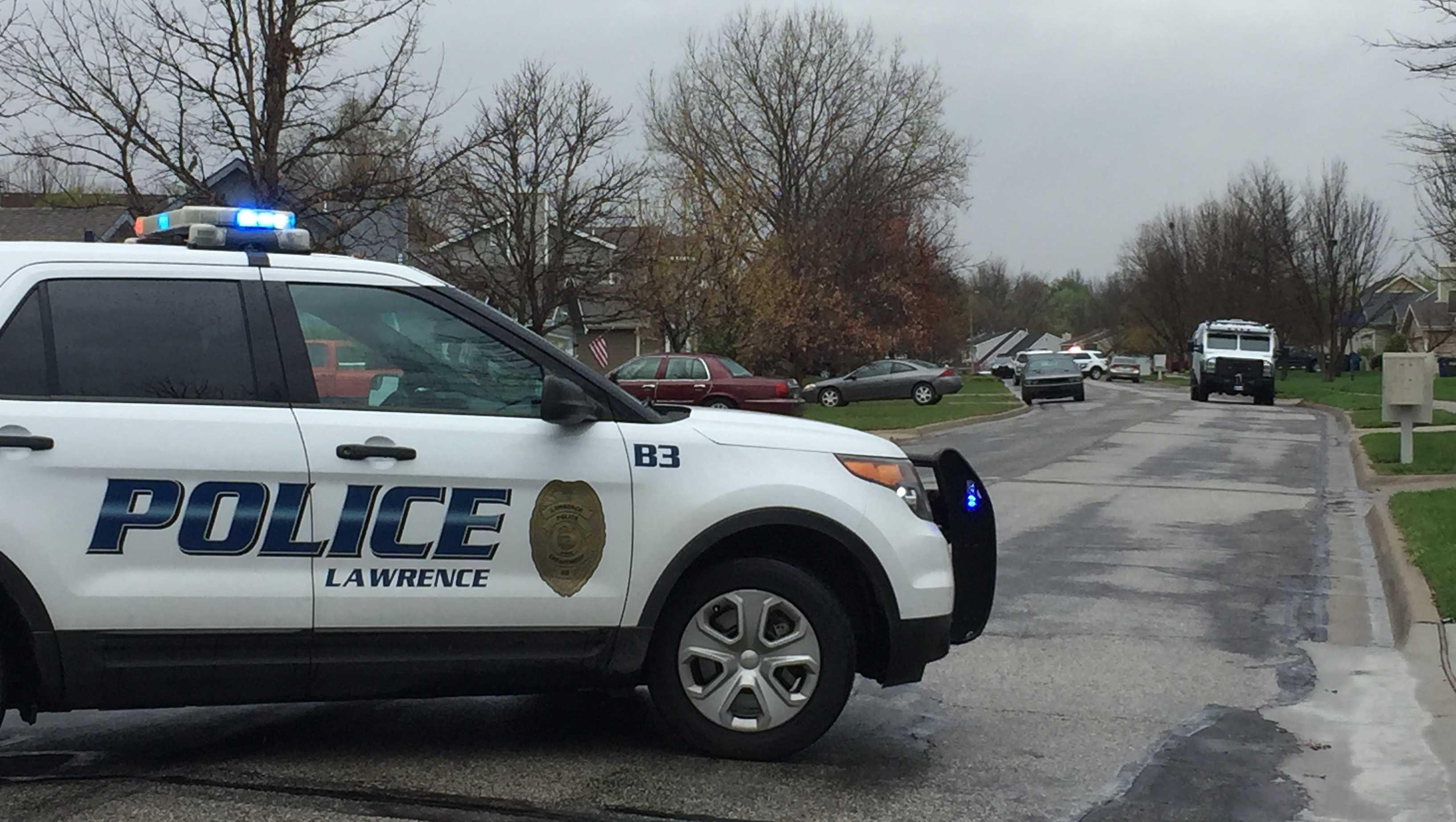 Lawrence police standoff