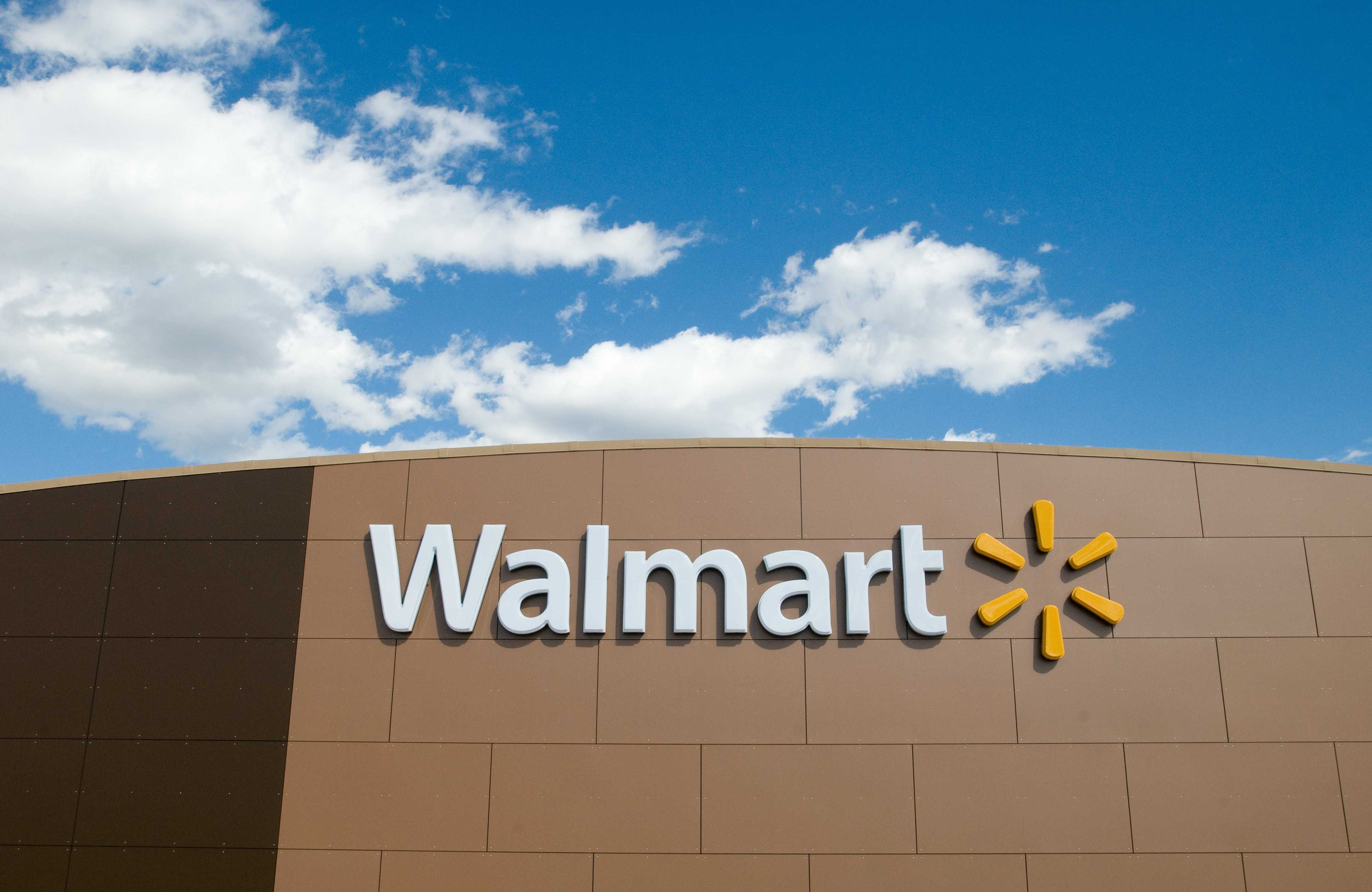 Walmart apologizes for marketing back-to-school guns