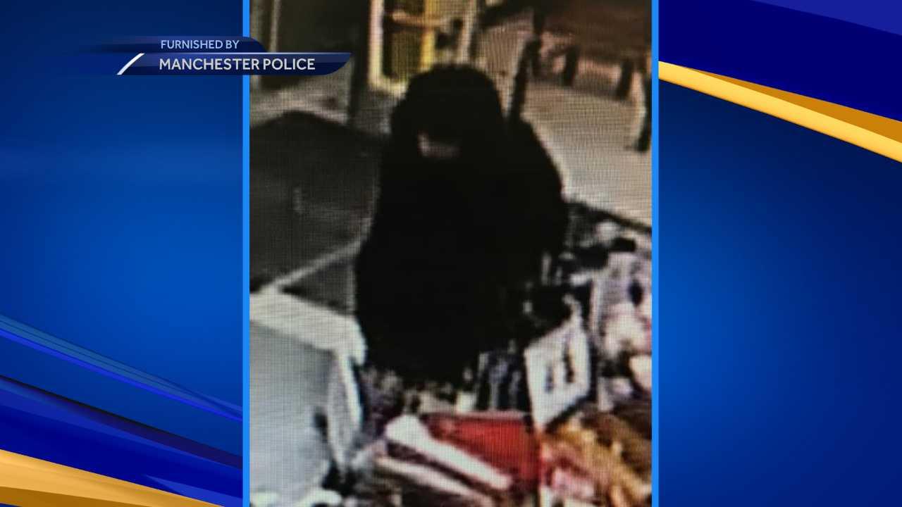 Man suspected of robbing Family Dollar at gunpoint