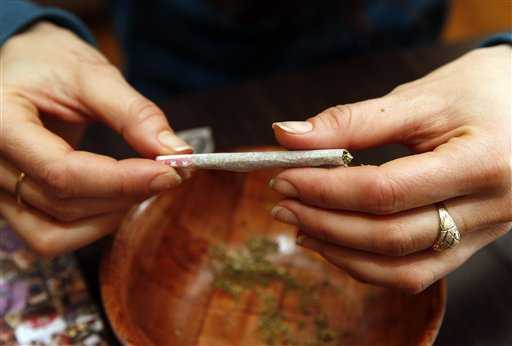 Pro-pot activists plan to hand out joints outside Capitol