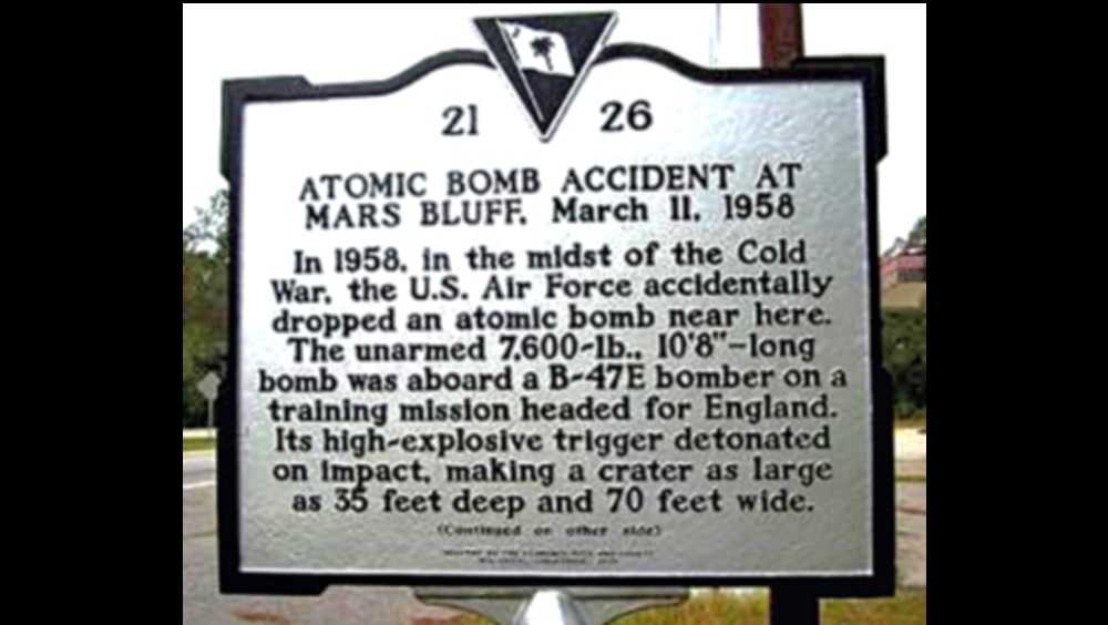 Historic marker for Mars Bluff bomb drop