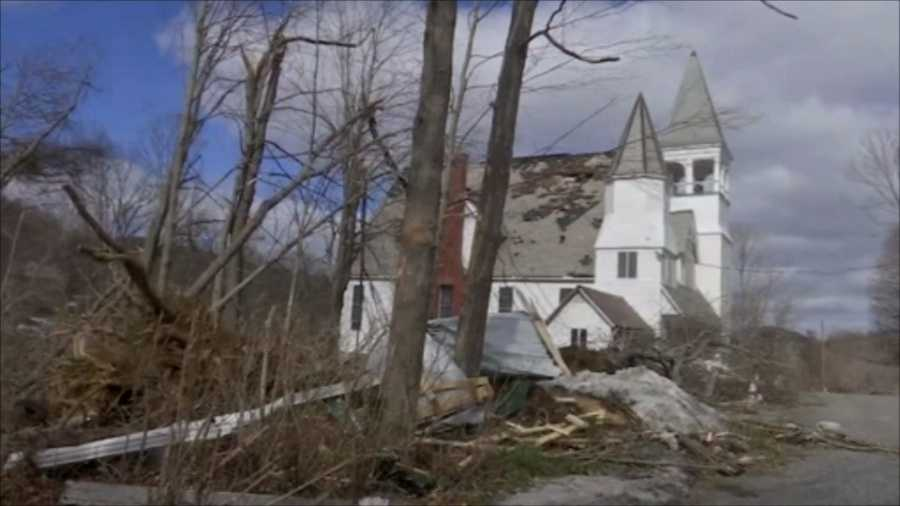Church in Conway, Mass. damaged by tornado