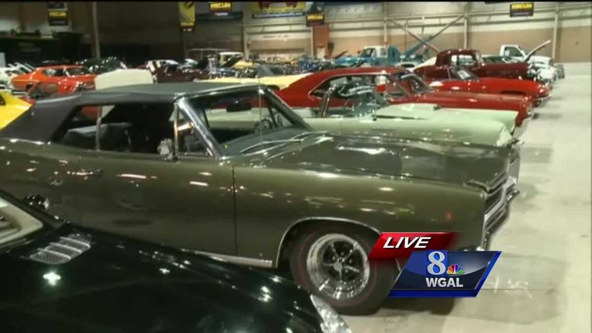Mecum Auto Auction revs up in Harrisburg
