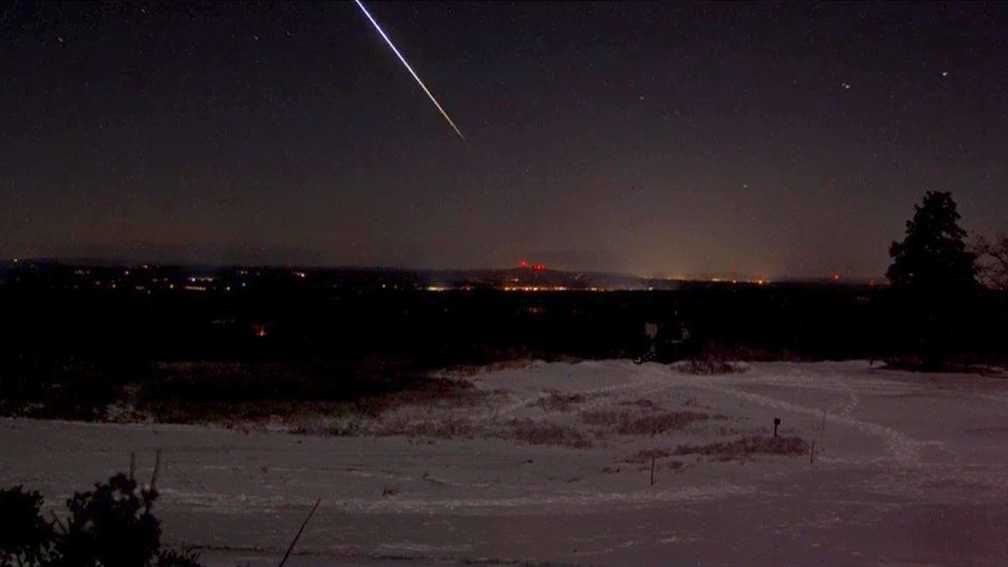 Meteor flashes through ME sky, lights up social media