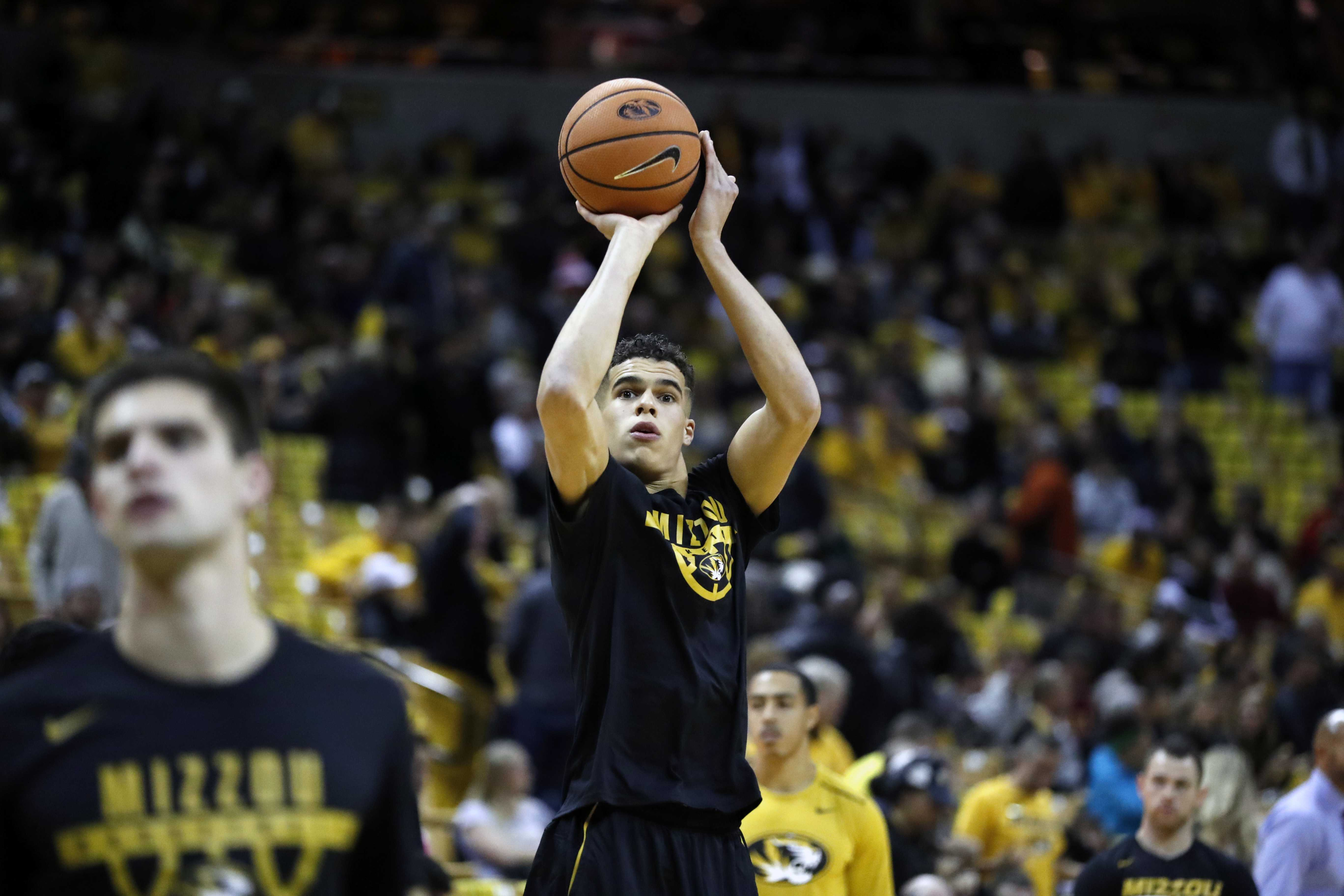Missouri's Porter Jr. out for season after back surgery