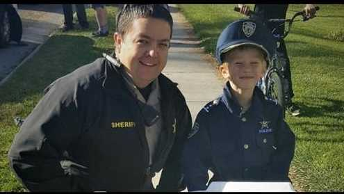 "A ""mini"" police officer rode up to help two Cache County (Utah) sheriff's deputies at a crash scene on Tuesday, Nov. 29, 2016."