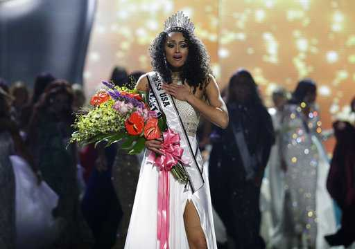 Miss. D.C. crowned Miss USA for second year in a row