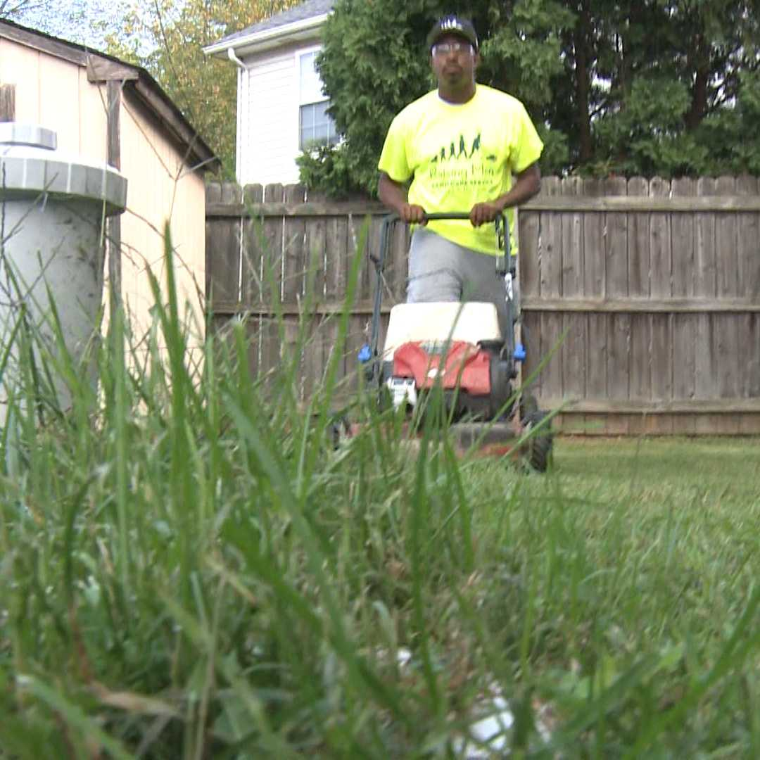 Man mowing lawns across 50 states for veterans, single moms, elderly, disabled