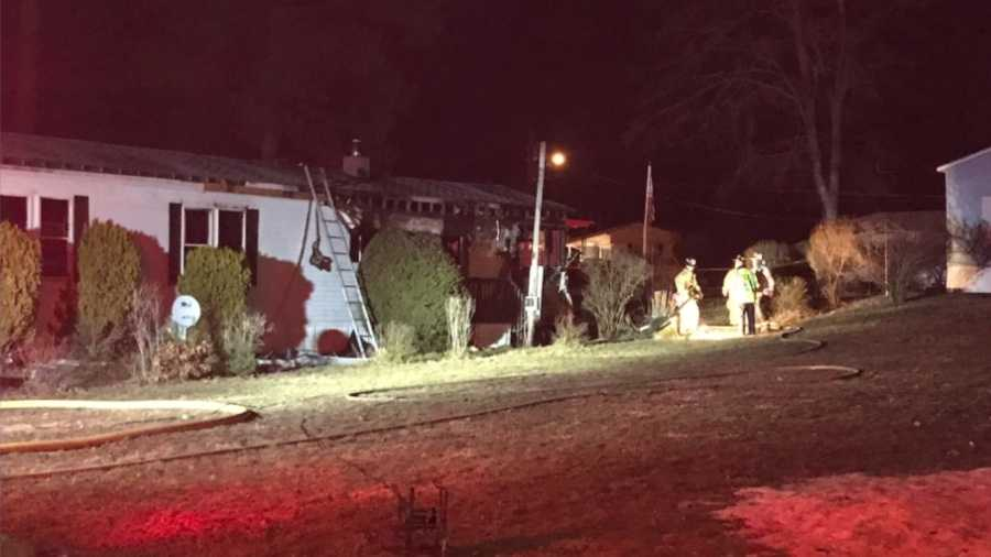 Fire damages Nashua mobile home