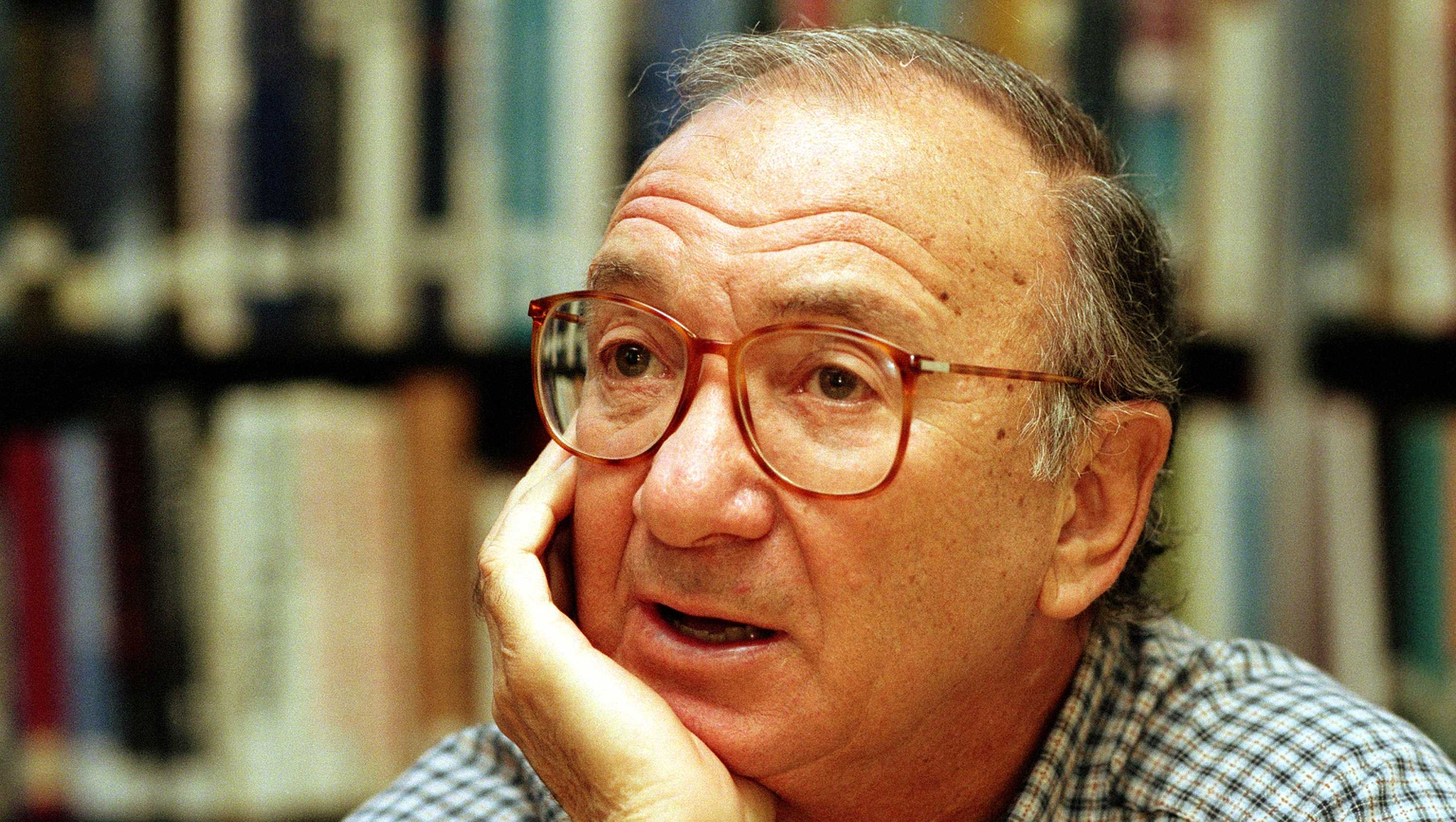 The Odd Couple Playwright Neil Simon Dies At 91 by WMUR9