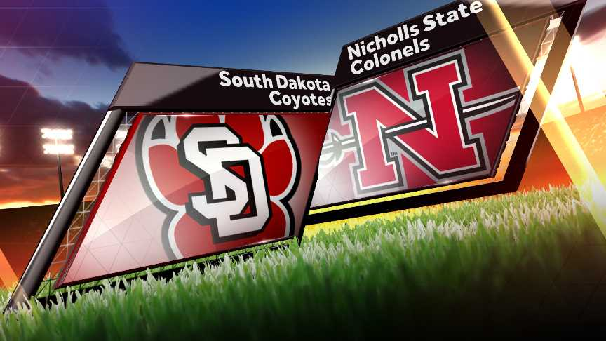 Streveler leads South Dakota past Nicholls