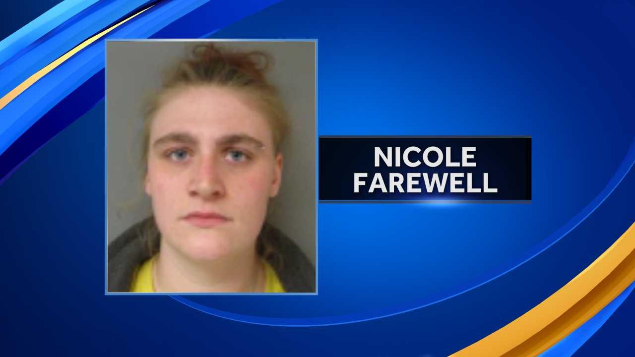 Nicole Farewell