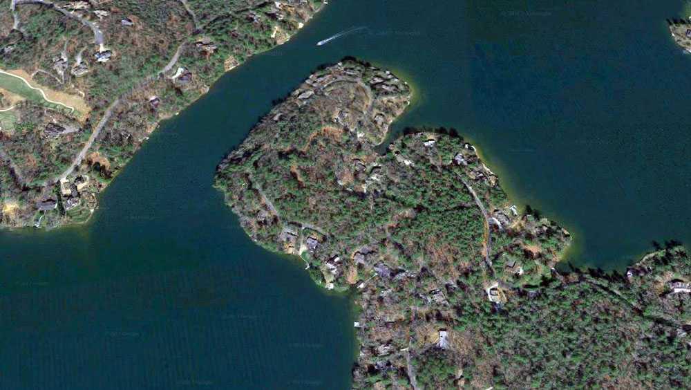 Northeast Shore Drive, Lake Toxaway