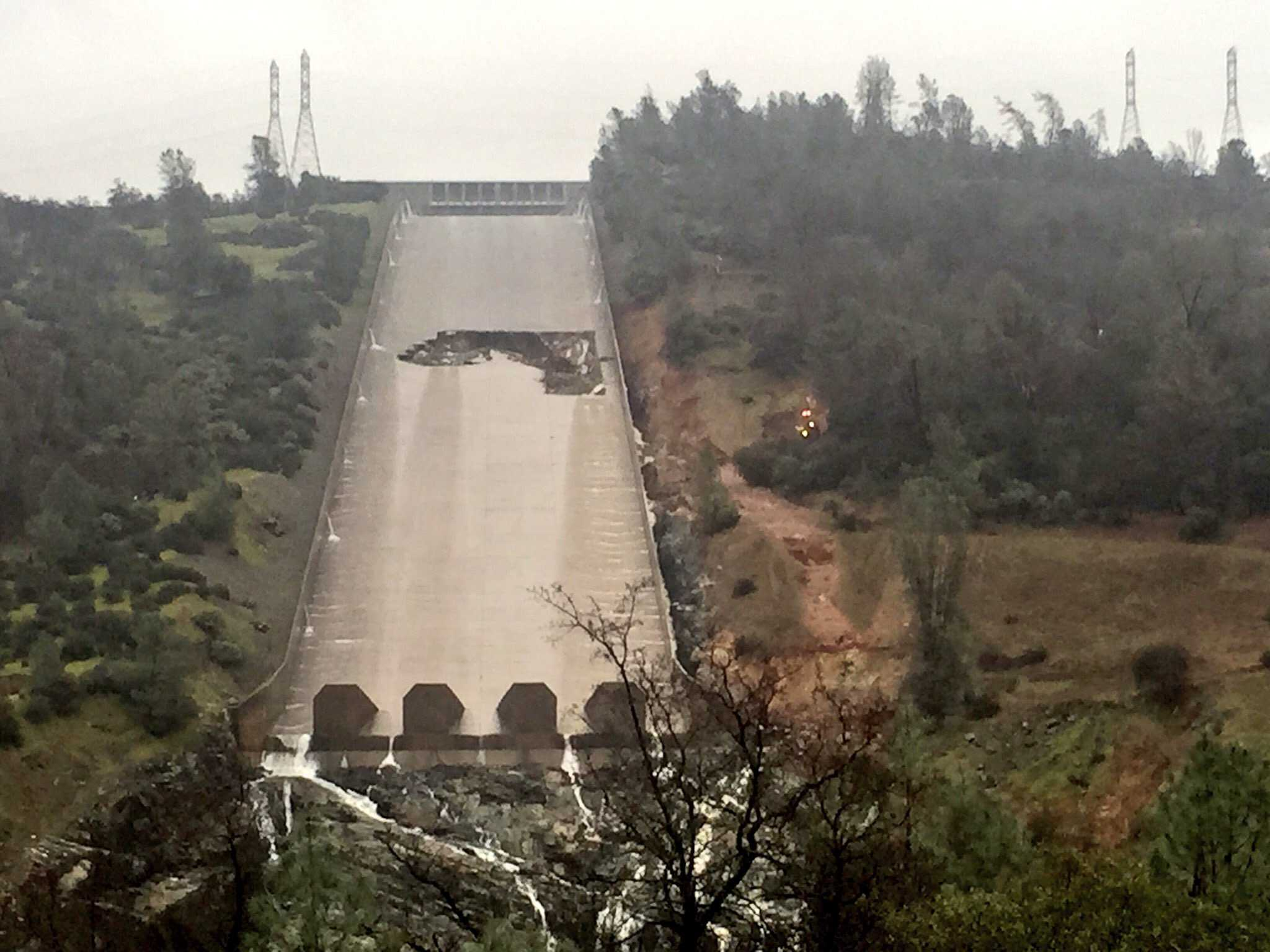 DWR shake-up after critical Oroville Dam spillway report - Stockton
