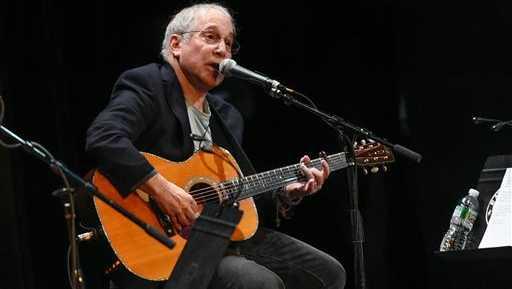 Singer-songwriter Paul Simon