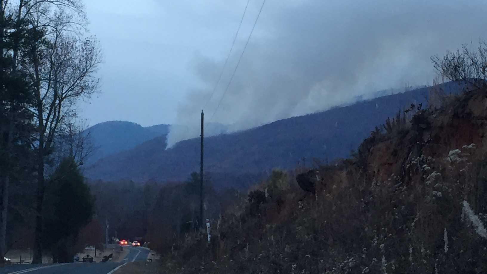 Pinnacle Mountain fire