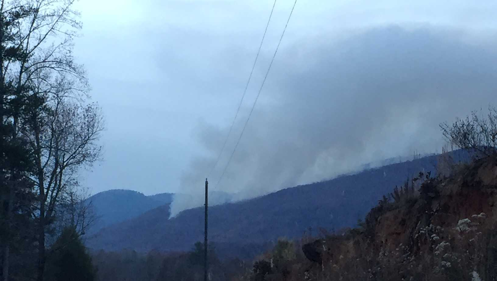 Pinnacle Mountain fire