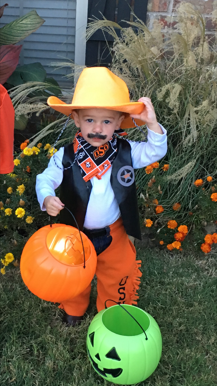 gallery: oklahomans show off their best halloween costumes