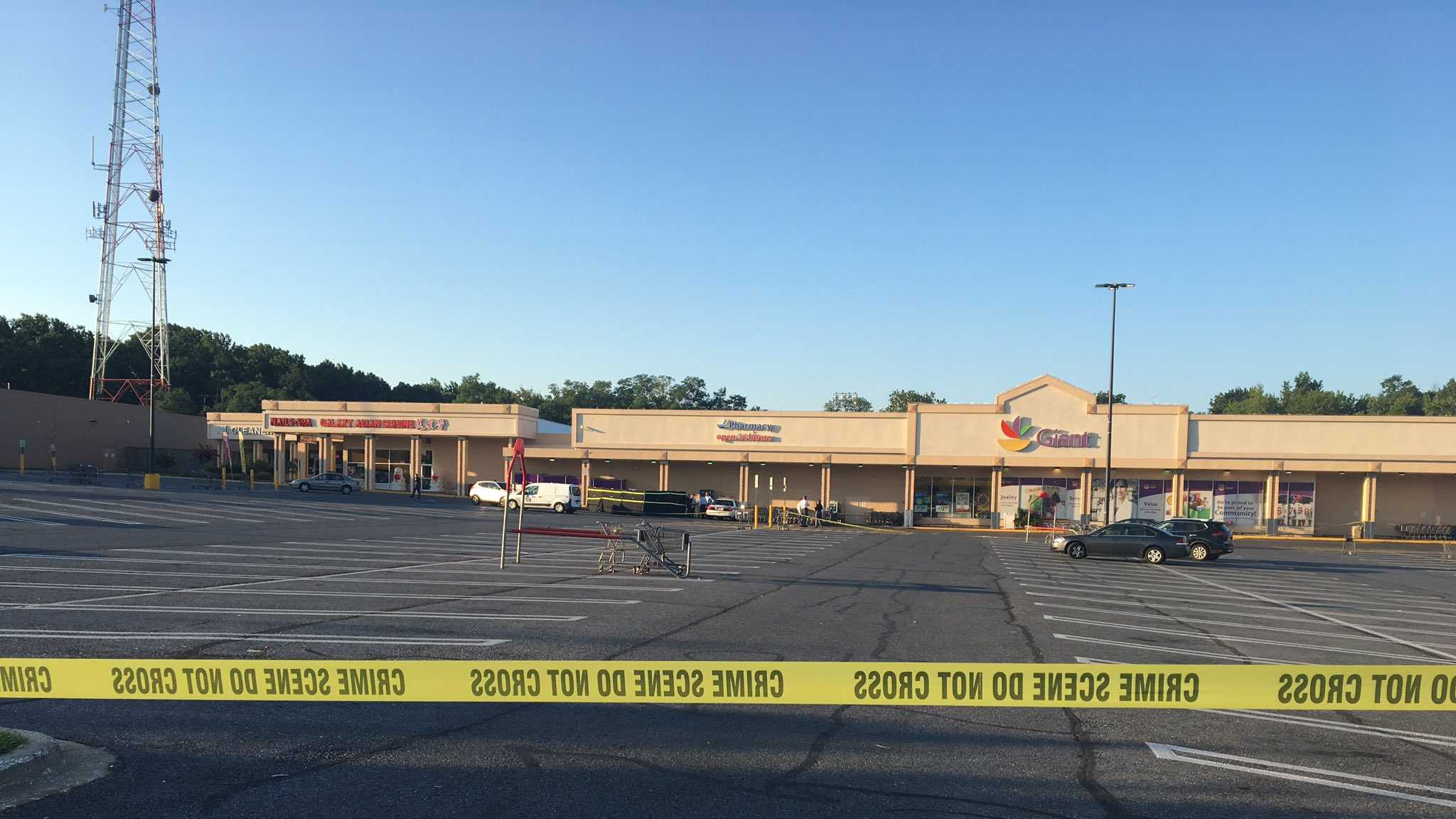 Police shooting at Catonsville Giant
