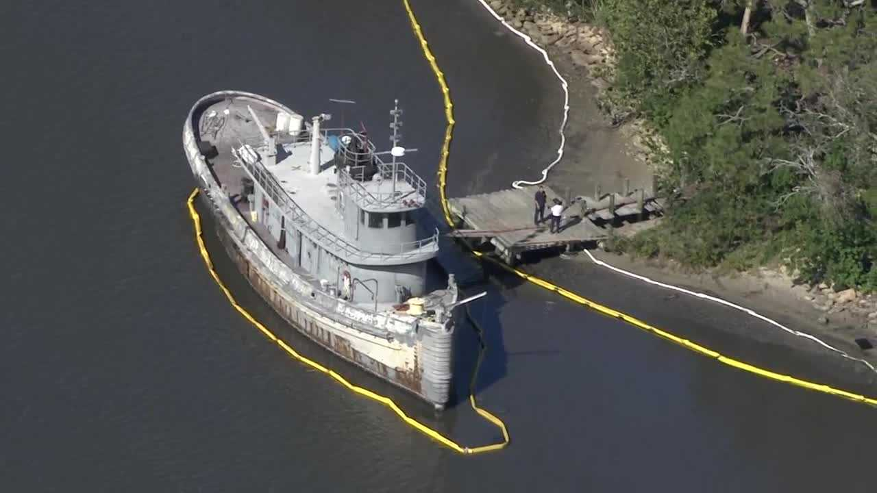 Halifax River oil spill