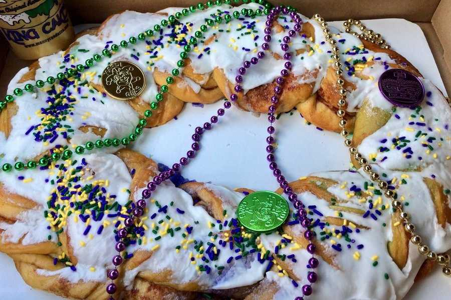 Apple And Goat Cheese King Cake
