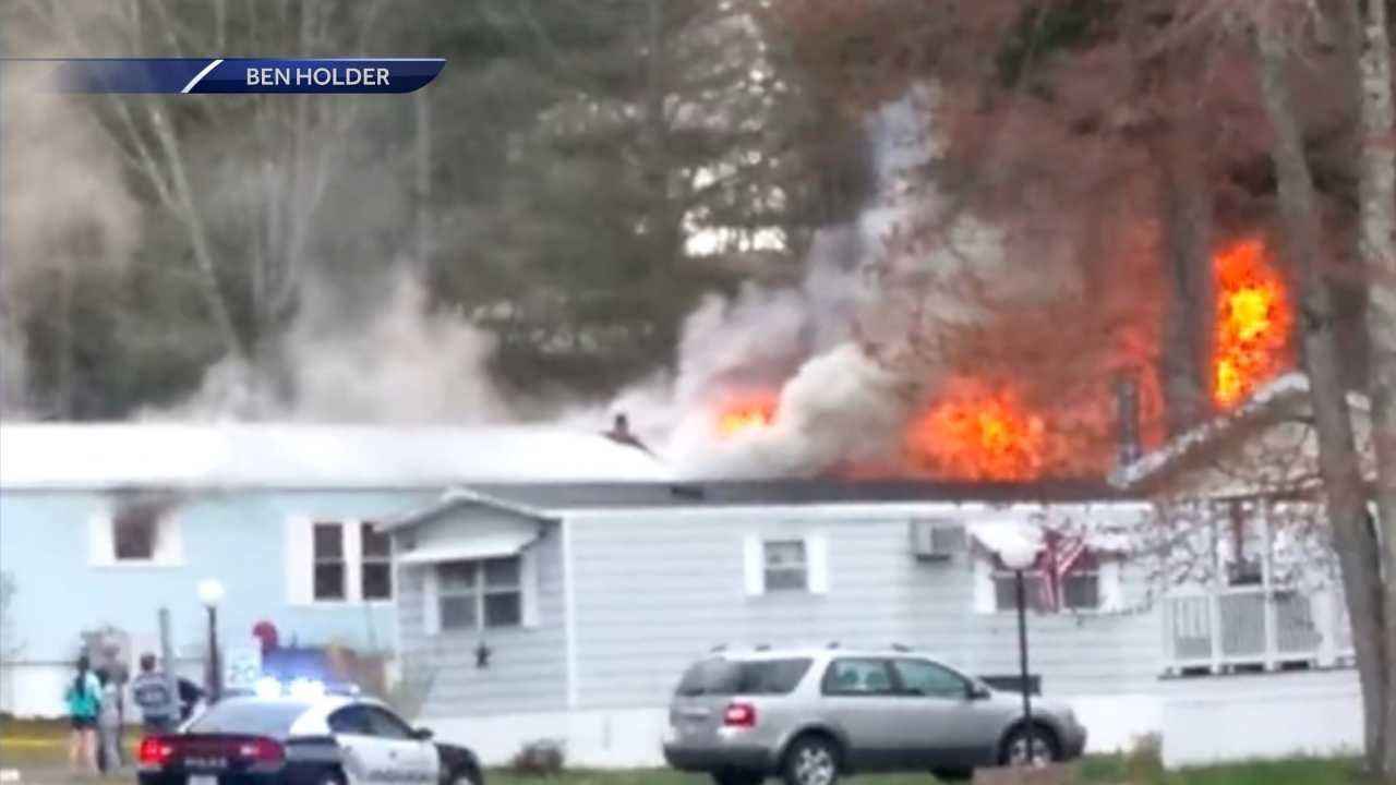 Fire damages Rochester mobile home