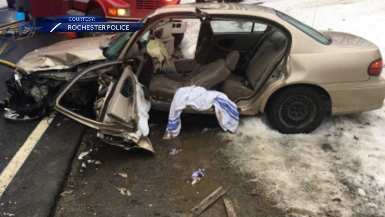 Woman seriously hurt in Rochester crash