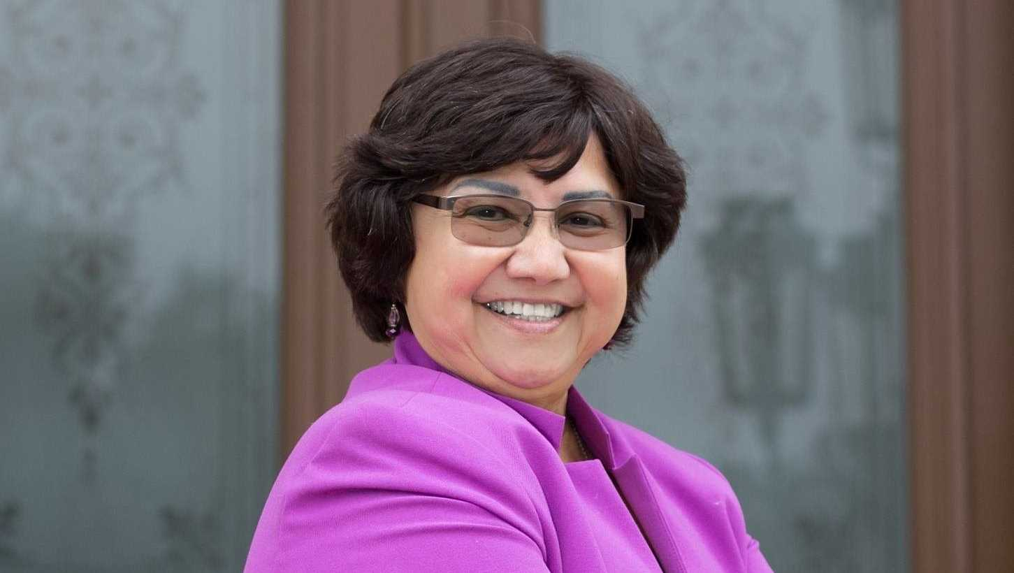 Former Dallas County sheriff Lupe Valdez defeated Houston businessman Andrew White in the Democratic primary runoff Tuesday, May 22.