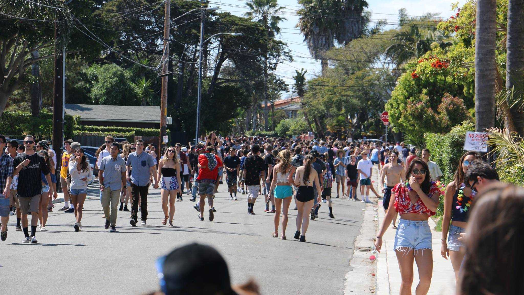 A photo of this year's Deltopia crowds