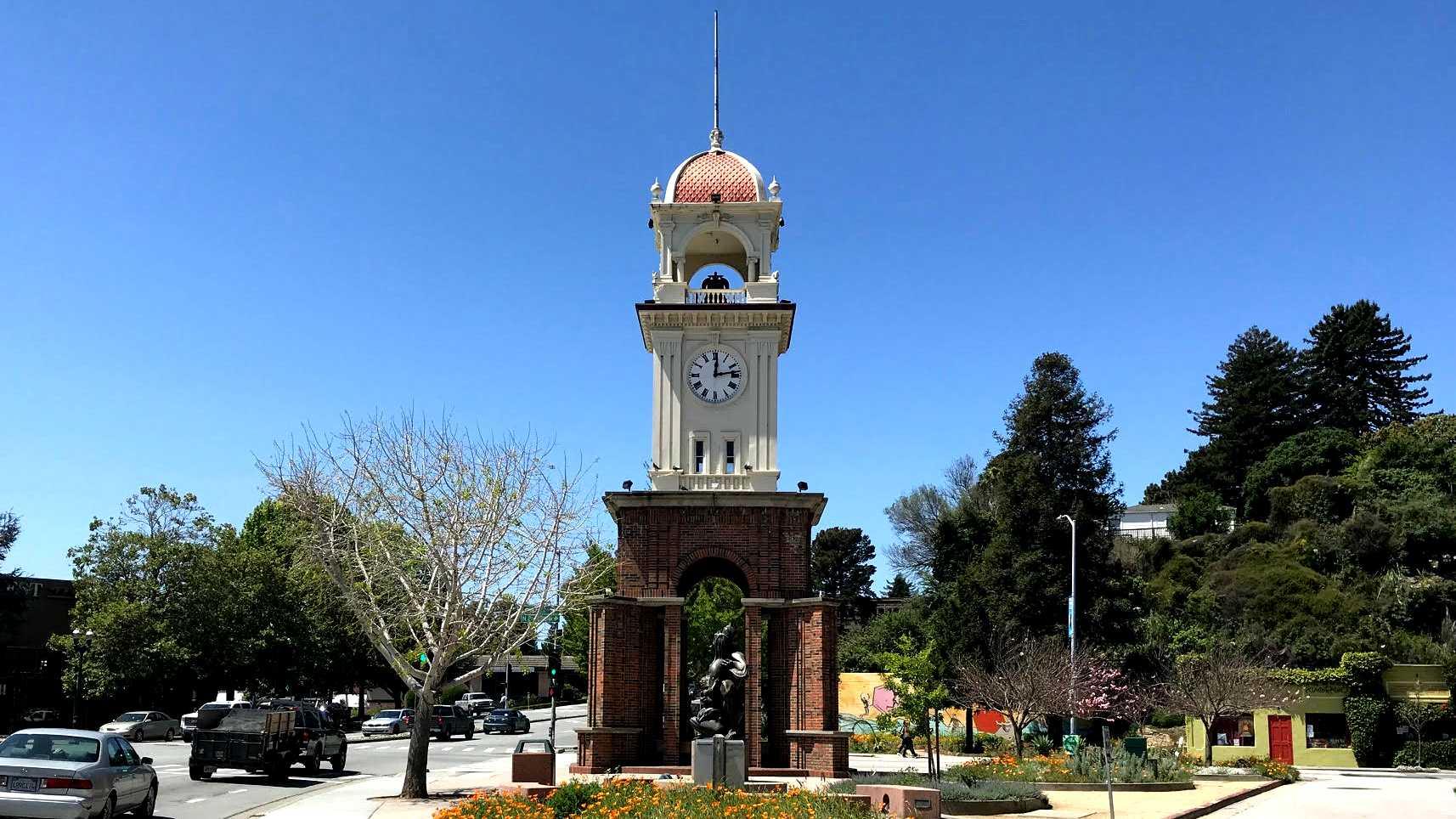 Santa Cruz Clock Tower